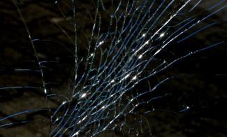 В Пензе в Арбеково иномарка протаранила препятствие