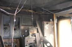 Пожар в шестиэтажке на улице Злобина: жильцов эвакуировали 14 спасателей