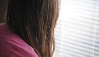 В Пензе из окна восьмого этажа выпала 6-летняя девочка