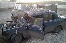 В Каменке произошло жесткое столкновение «семерки» с грузовым «УАЗом»