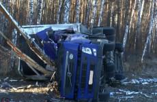 Смертельное ДТП на трассе в Пензенской области: фура вылетела в кювет и опрокинулась