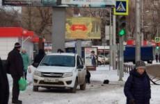 В Пензе автоледи на «Гранте» выехала на тротуар и задавила женщину