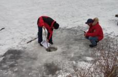 Пензенцев, гуляющих по тонкому льду, снова пытается вразумить администрация города