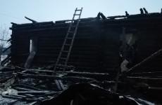 Сегодня в страшном пожаре в Пензенской области погибли мать и сын