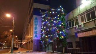 Ленинский район Пензы уже почти готов к новогодним праздникам