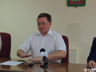 Кудинов предложил депутатам продать наркобольницу и недостроенный детский лагерь