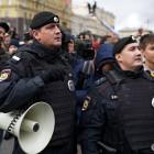 За вовлечение детей в несанкционированные митинги россиян ждут аресты и штрафы