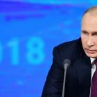 Владимир Путин прокомментировал инициативу о наказании за неуважение к государству