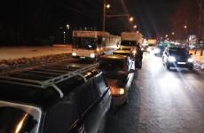 Массовое ДТП на проспекте Строителей: столкнулись пять машин, Арбеково в пробке