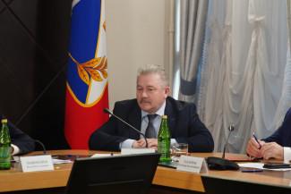 Почему экс-мэр Пензы Юрий Кривов ушел с поста вице-губернатора Севастополя?