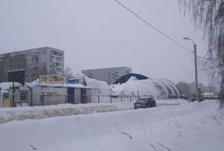 В Пензе обрушилась крыша автомойки - СОЦСЕТИ