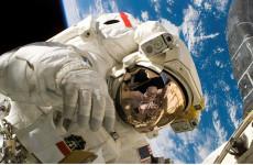 Абашевская игрушка под руку с космонавтом: сколько «Пензаконцерт» заплатил за костюмы к юбилею области?