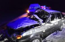 В Пензенской области женщину, пострадавшую в ДТП, вырезали из машины с помощью специнструмента