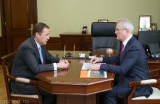 Иван Белозерцев и Игорь Комаров обсудили нацпроект «Здравоохранение»