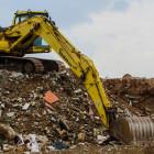 Месяц с запуска мусорной реформы: что выгоднее - квадратные метры или люди?