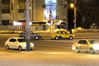 В Пензе случилось жёсткое ДТП с участием «Яндекс.Такси»