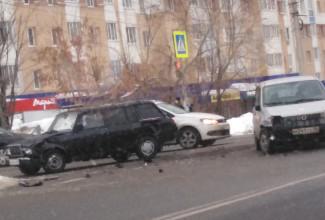 В пензенском Арбеково разбились две легковушки
