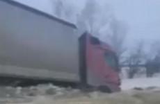 Жесткое ДТП в Пензенской области: две фуры раскидало по обочинам. ВИДЕО