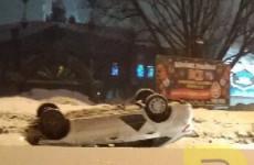 В пензенском Арбеково перевернулся автомобиль «Яндекс.Такси»
