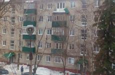 «Весна избавляет от рамок». Пензенцы обсуждают балкон, рухнувший на улице Ставского