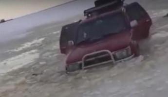 Лихие покатушки. Пензенские рыбаки утопили джип. ВИДЕО
