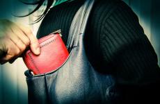 Уголовник из Пензы украл у своей гостьи документы и выбросил их