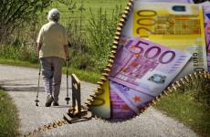 Пенсионерка из Пензенской области осталась без денег, пытаясь продать дом