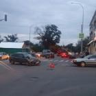 В центре Пензы не поделили дорогу иномарка и отечественный автомобиль