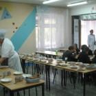 50 рублей за завтрак, 70 - за обед. В столовых пензенских школ меню подорожает на 40%